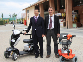 giuseppe sala in visita a mobility center in expo2015