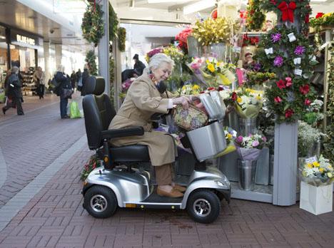 mobility scooter per anziani e disabili