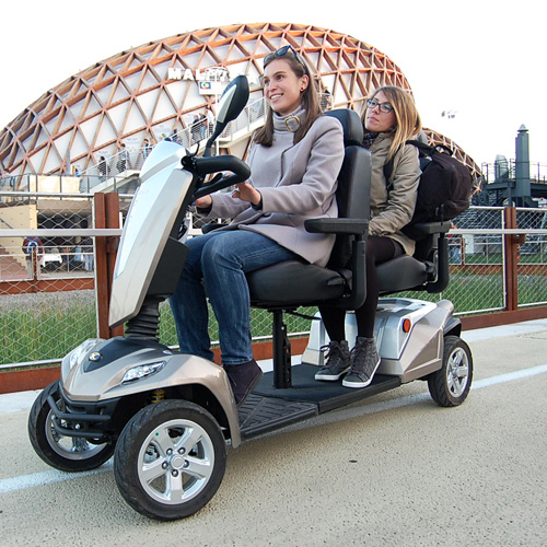 mobility scooter tandem a due posti durante expo Milano 2015
