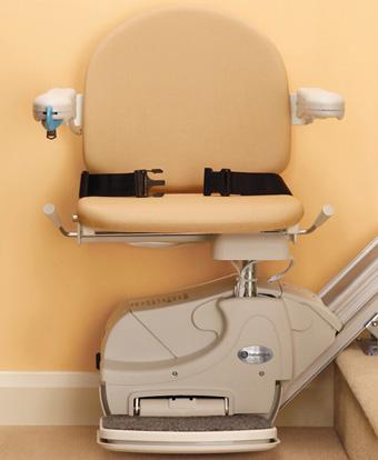 Montascale a poltroncina con rotazione del sedile modello simplicity
