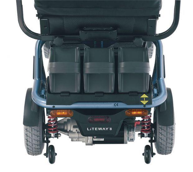 scooter elettrico liteway 8 con pratico manubrio
