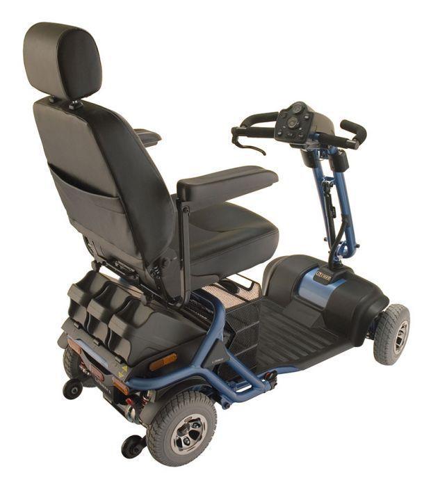 scooter elettrico per anziani e persone con difficoltà motore con numerosi accessori opzionali
